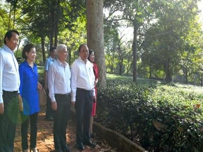 Thủ tướng Nguyễn Xuân Phúc thăm mô hình du lịch sinh thái Mỹ Lệ tại Bình Phước